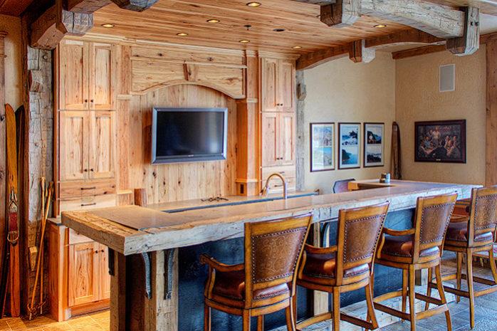 Custom Built Home Bars And: Luxury Home Improvement