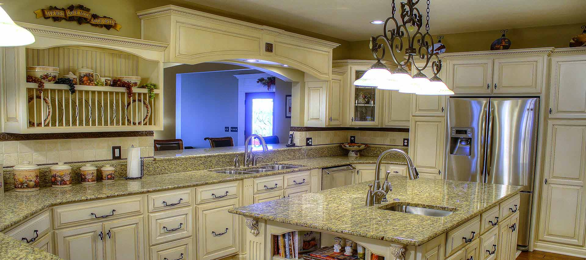 A beautifully designed and constructed classic kitchen remodel in Terre Haute, IN